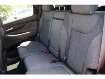 2019 Hyundai Santa Fe - Image 18