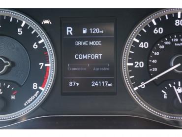 2019 Hyundai Santa Fe - Image 28