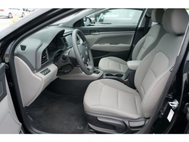 2020 Hyundai Elantra - Image 12