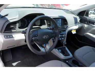 2019 Hyundai Elantra - Image 7