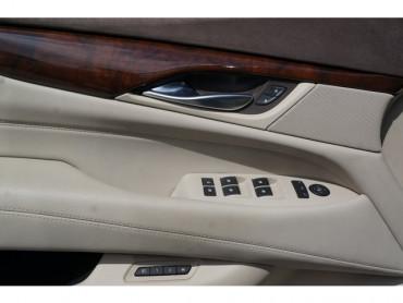 2017 Cadillac Escalade ESV - Image 11