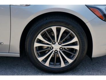 2017 Buick LaCrosse - Image 8