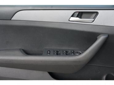 2019 Hyundai Sonata - Image 7