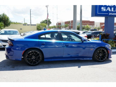 2019 Dodge Charger - Image 6